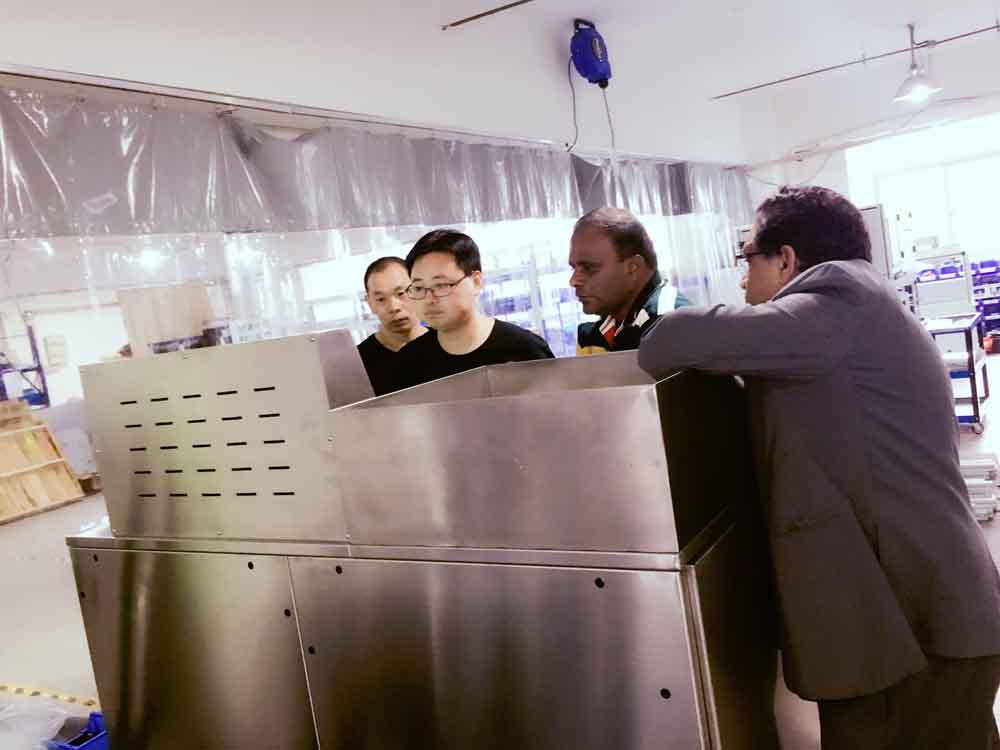 印度客户参观工厂2 (2).JPG